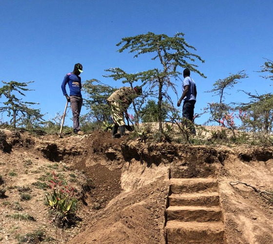 Professor Leads Significant Prehistoric Field Research in Kenya