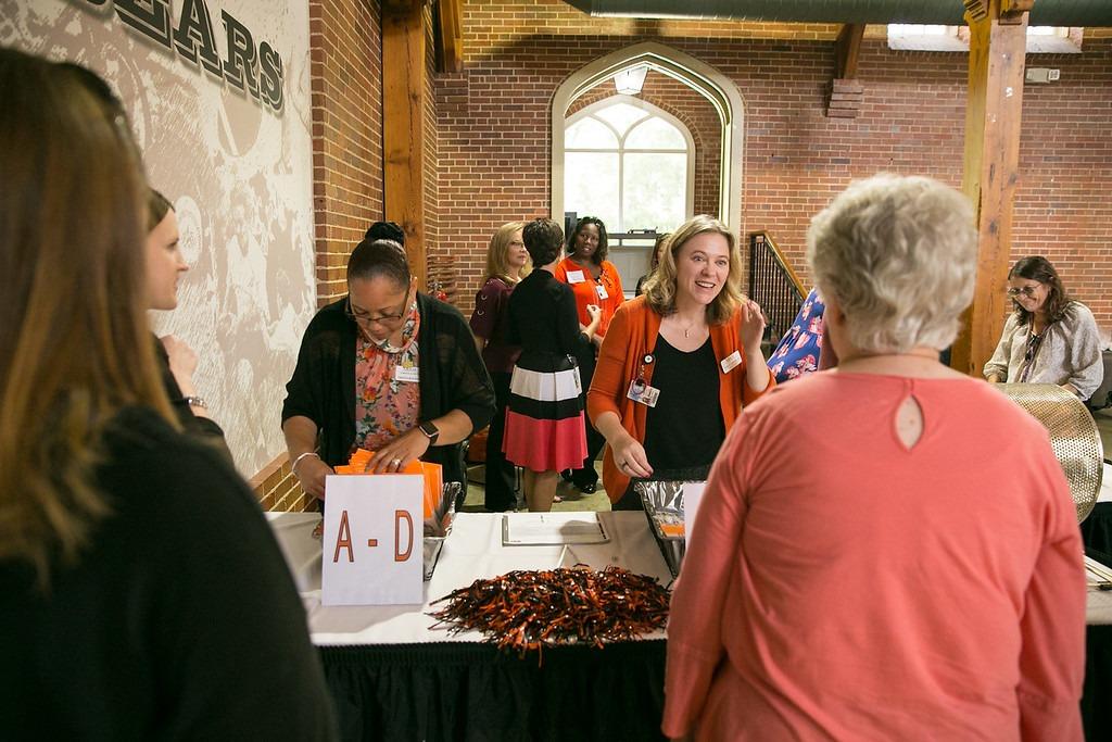 Mercerians receive their pledge packets
